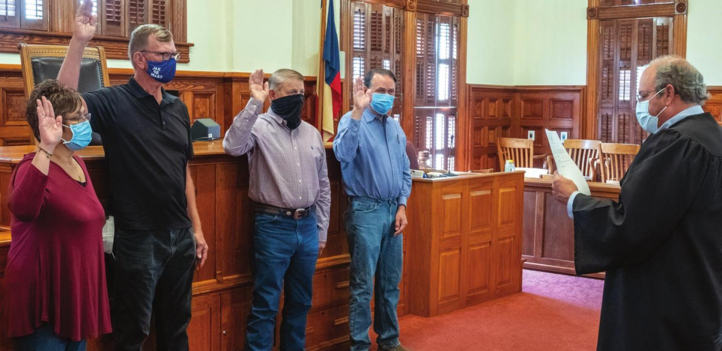 Several Leaders Sworn In Friday at the Courthouse